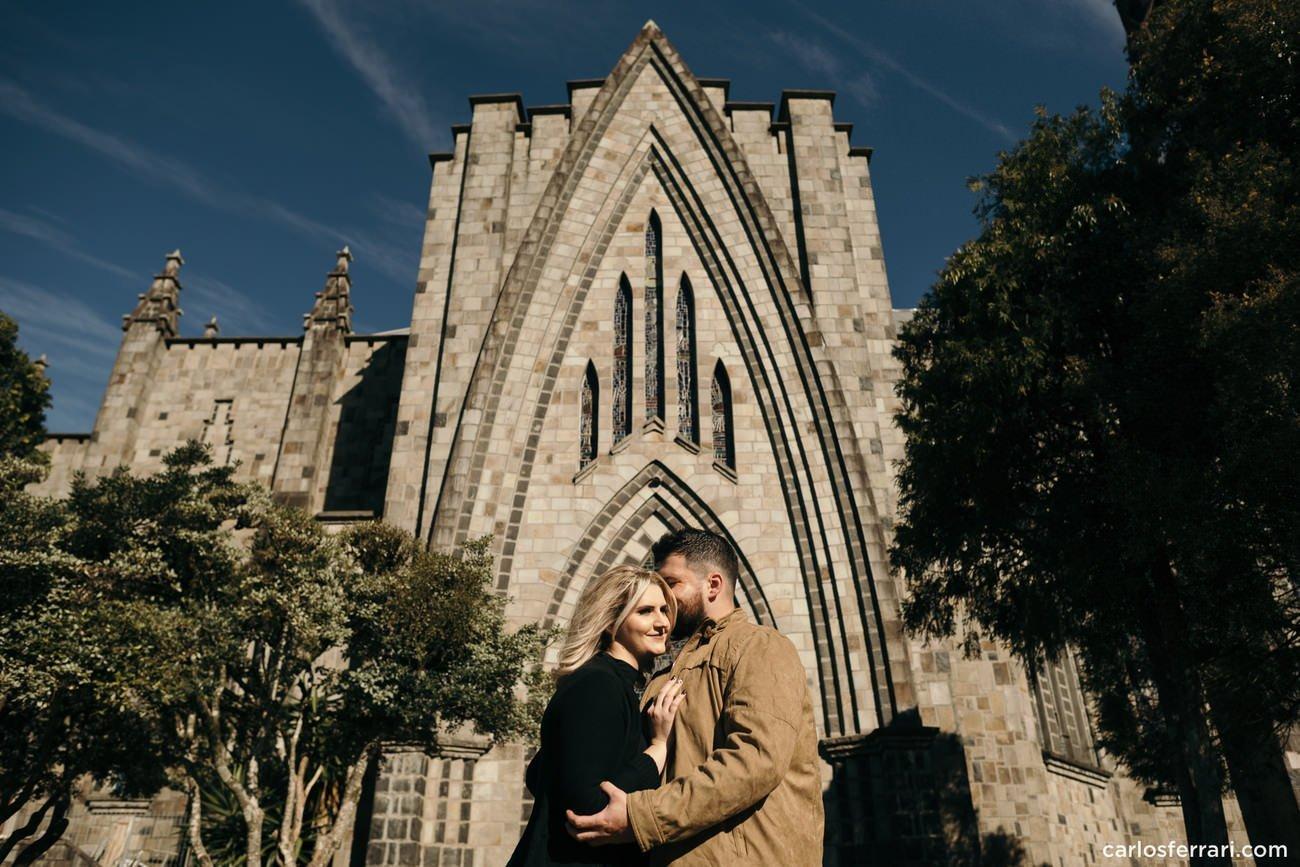 ensaio-pre-casamento-canela-rs-igreja-de-pedra-1