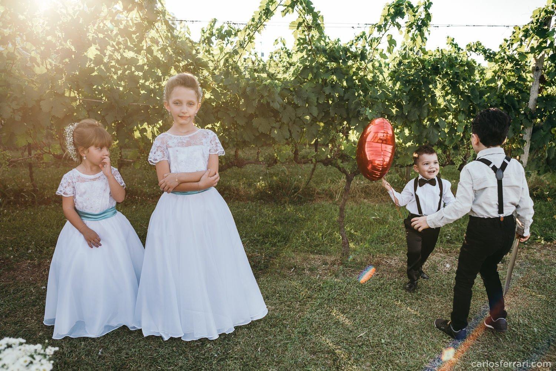 carlosferrari-fotografia-casamento-aliara-e-giba-vinicola-lovara-bento-goncalves-serragaucha-fotosdiferentes-espontaneas_42