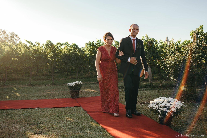 carlosferrari-fotografia-casamento-aliara-e-giba-vinicola-lovara-bento-goncalves-serragaucha-fotosdiferentes-espontaneas_44