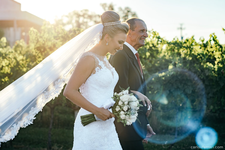 carlosferrari-fotografia-casamento-aliara-e-giba-vinicola-lovara-bento-goncalves-serragaucha-fotosdiferentes-espontaneas_55