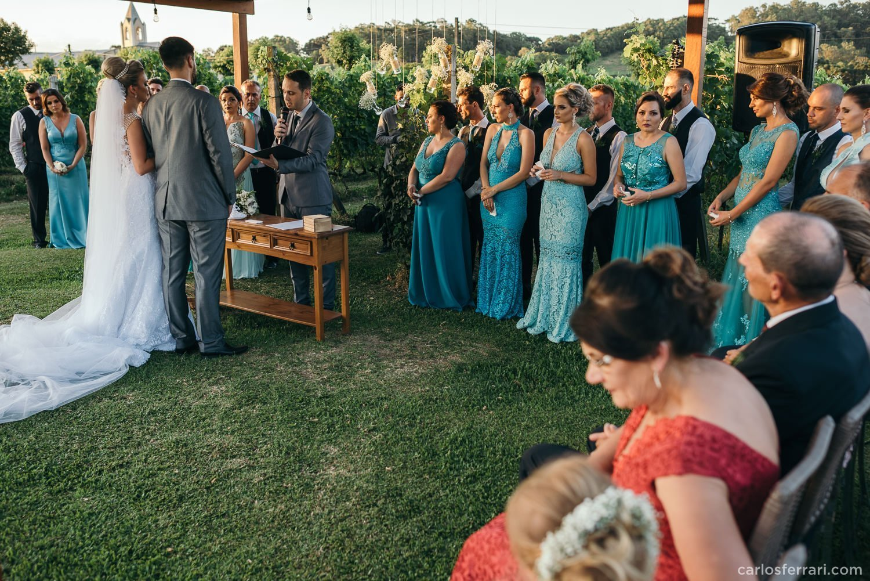 carlosferrari-fotografia-casamento-aliara-e-giba-vinicola-lovara-bento-goncalves-serragaucha-fotosdiferentes-espontaneas_73