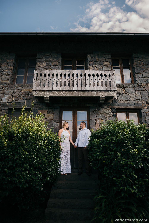 carlosferrari-fotografia-ensaio-pre-casamento-aline-marcos-caminhos-de-pedra-serragaucha-fotosdiferentes-espontaneas_14