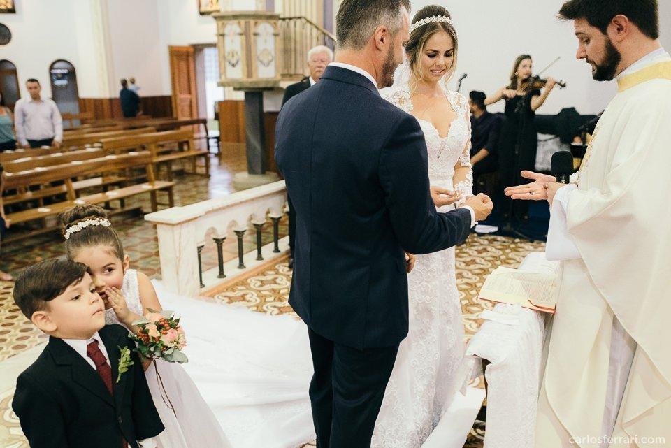 carlosferrari-fotografia-casamento-arlivre-lisianemarcio-novabassano-serragaucha-fotosdiferentes-espontaneas__047
