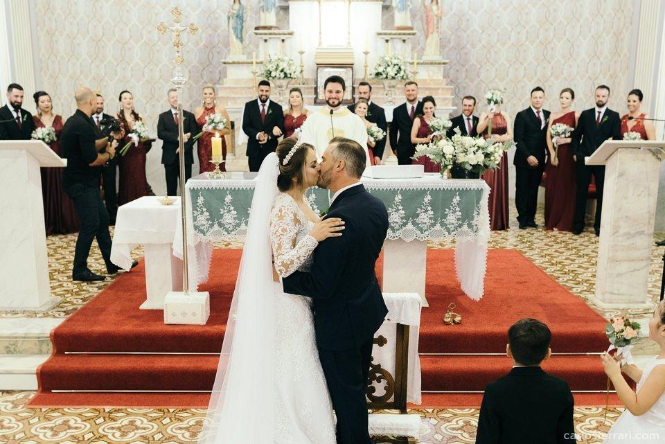 carlosferrari-fotografia-casamento-arlivre-lisianemarcio-novabassano-serragaucha-fotosdiferentes-espontaneas__052