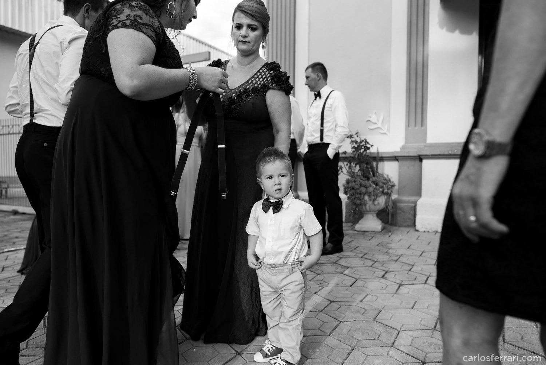carlosferrari-fotografia-casamento-caminhos-de-pedra-thayserafa-fotosdiferentes-espontaneas_028