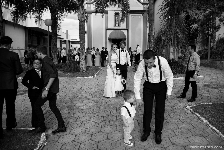 carlosferrari-fotografia-casamento-caminhos-de-pedra-thayserafa-fotosdiferentes-espontaneas_032