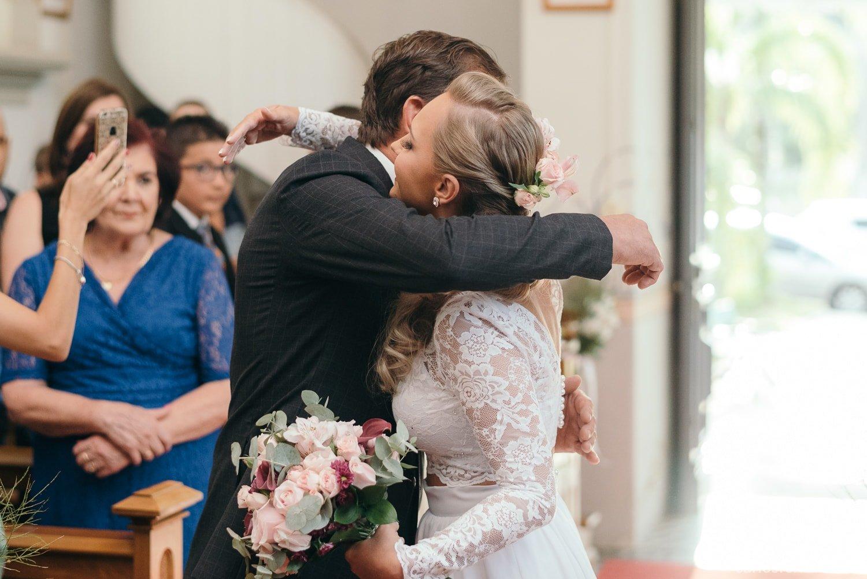 carlosferrari-fotografia-casamento-caminhos-de-pedra-thayserafa-fotosdiferentes-espontaneas_048