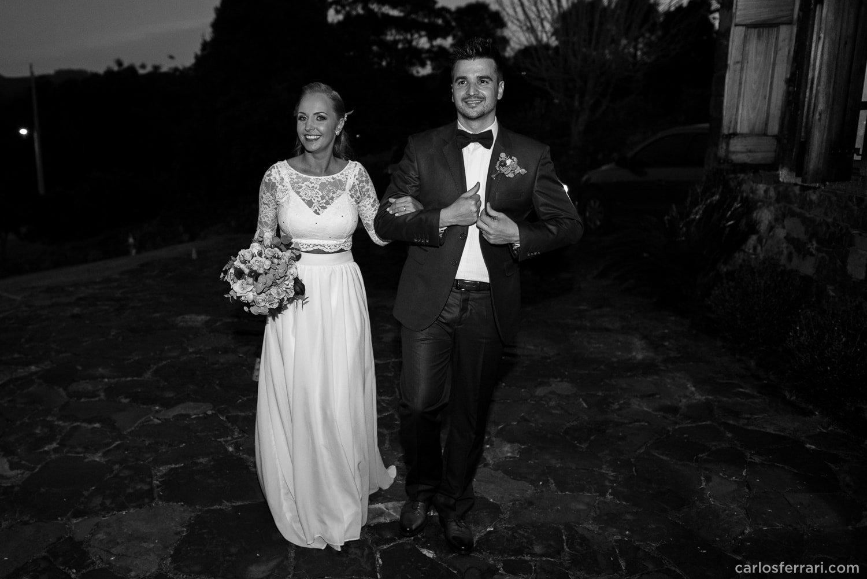 carlosferrari-fotografia-casamento-caminhos-de-pedra-thayserafa-fotosdiferentes-espontaneas_068