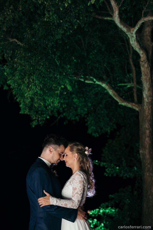 carlosferrari-fotografia-casamento-caminhos-de-pedra-thayserafa-fotosdiferentes-espontaneas_075