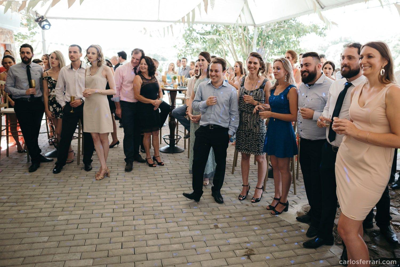 carlosferrari-fotografia-casamento-villamatuella-garibaldi-crisealan-fotosdiferentes-espontaneas_076