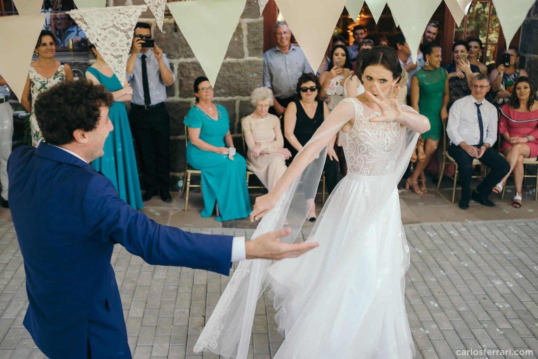carlosferrari-fotografia-casamento-villamatuella-garibaldi-crisealan-fotosdiferentes-espontaneas_092