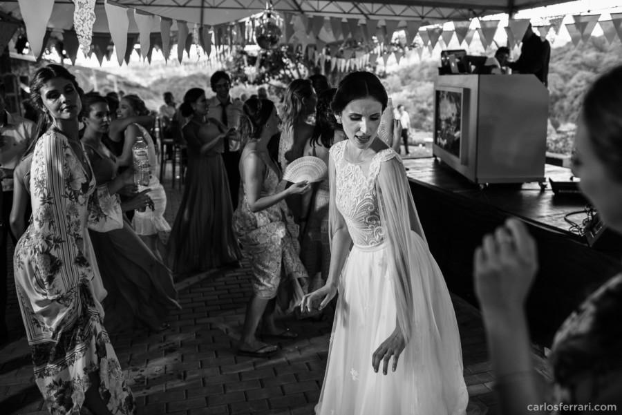 carlosferrari-fotografia-casamento-villamatuella-garibaldi-crisealan-fotosdiferentes-espontaneas_119