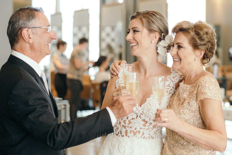 carlosferrari-fotografia-casamento-vinicola-donguerino-altofeliz-alineemarcos-fotosdiferentes-espontaneas_012