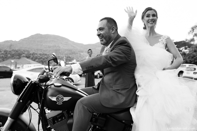 carlosferrari-fotografia-casamento-vinicola-donguerino-altofeliz-alineemarcos-fotosdiferentes-espontaneas_045
