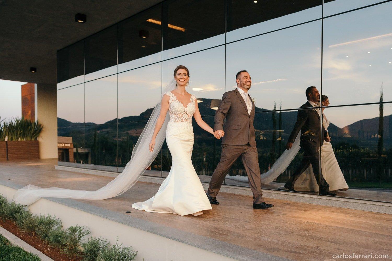 carlosferrari-fotografia-casamento-vinicola-donguerino-altofeliz-alineemarcos-fotosdiferentes-espontaneas_047
