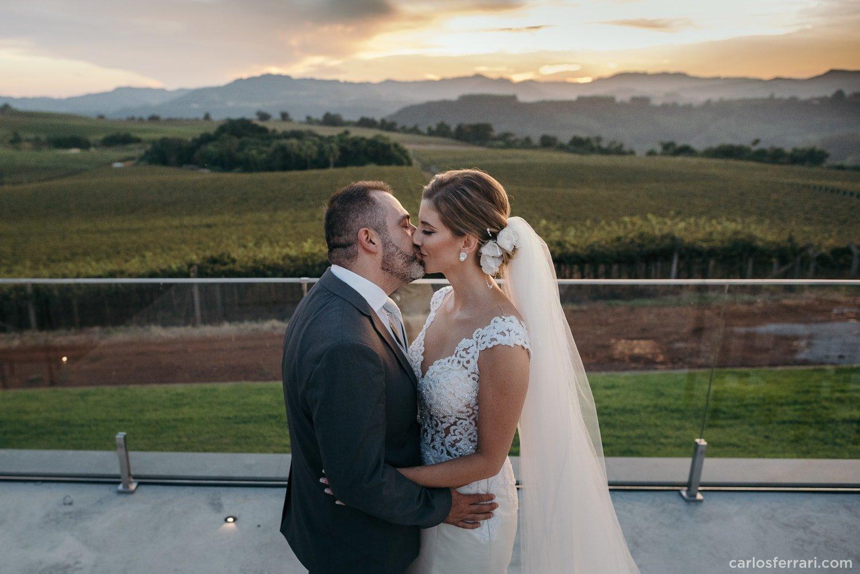 carlosferrari-fotografia-casamento-vinicola-donguerino-altofeliz-alineemarcos-fotosdiferentes-espontaneas_048