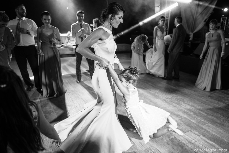 carlosferrari-fotografia-casamento-vinicola-donguerino-altofeliz-alineemarcos-fotosdiferentes-espontaneas_076
