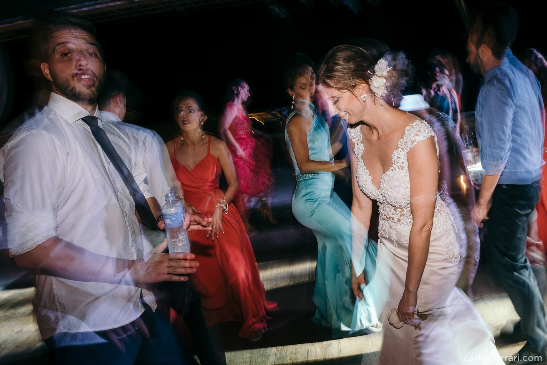 carlosferrari-fotografia-casamento-vinicola-donguerino-altofeliz-alineemarcos-fotosdiferentes-espontaneas_097