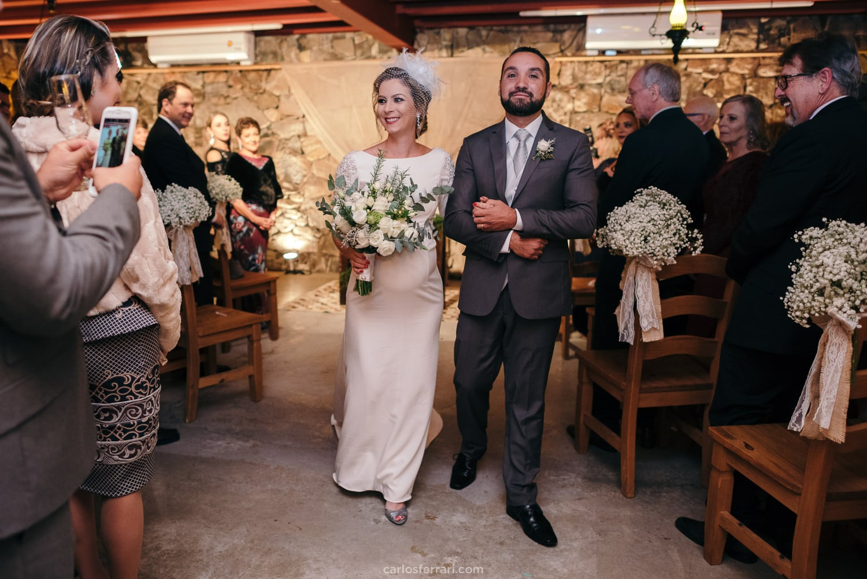 casamento-lucianeeguilherme-vinicola-marco-luigi-valedosvinhedos-bentogoncalves-serragaucha_47