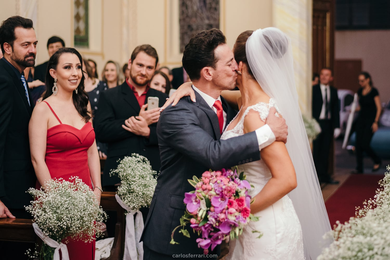 casamento-vale-dos-vinhedos-santorini-garden-bentogoncalves-serragaucha-karen-edi-carlosferrari-fotografia44
