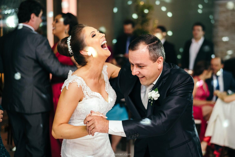casamento-vale-dos-vinhedos-santorini-garden-bentogoncalves-serragaucha-karen-edi-carlosferrari-fotografia72