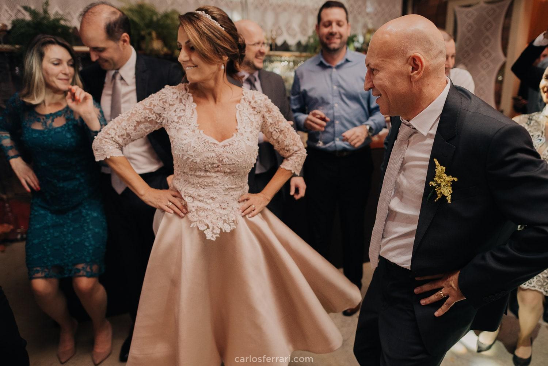 carlosferrari-fotografia-casamento-vinicola-marco-luigi-vale-dos-vinhedos-serra-gaucha-bento-goncalves-rs-ladi-e-gilmar_113