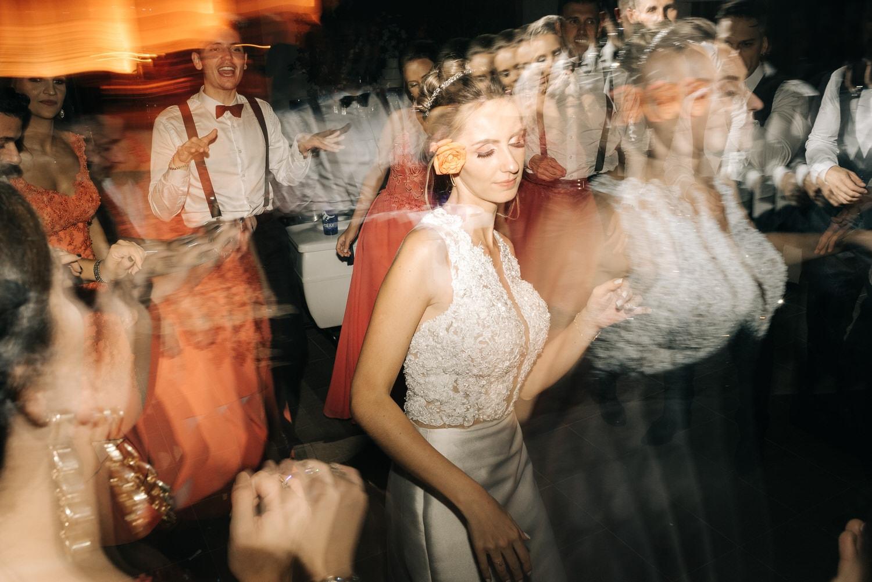 casamento-vinicola-lovara-daniellaeigor-carlosferrari-fotografia-bento-goncalves-vale-dos-vinhedos-serra-gaucha-fotosdiferentes-espontaneas_127