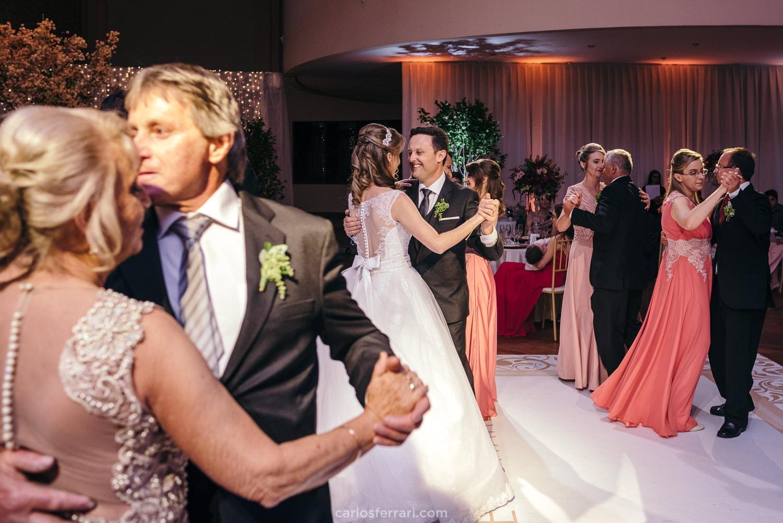 carlosferrari-fotografia-casamento-graci-e-charles-gremio-pratense-nova-prata_122