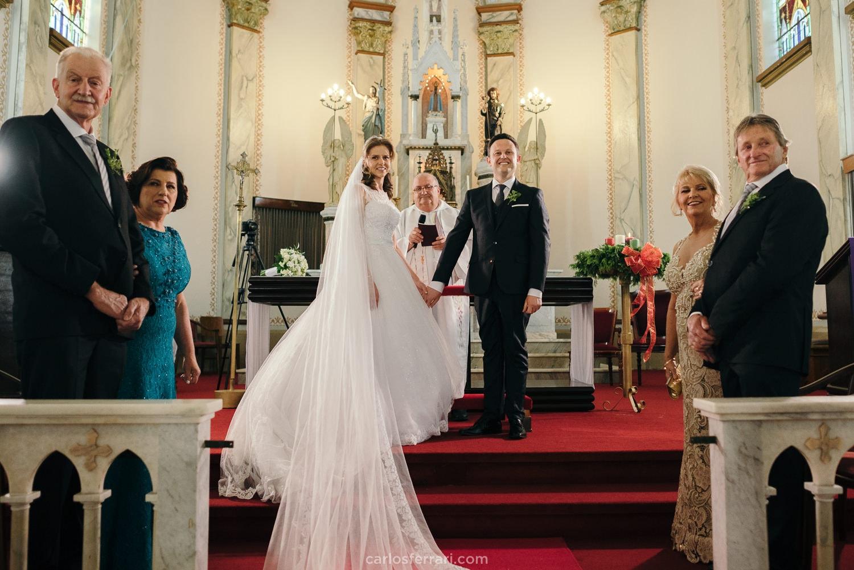 carlosferrari-fotografia-casamento-graci-e-charles-gremio-pratense-nova-prata_56