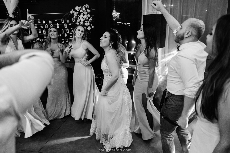 carlosferrari-fotografia-casamento-indaia-eventos-florianopolis-sc-stephanieedjeison_87