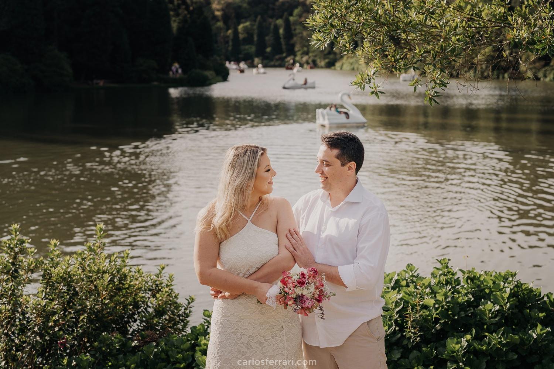 carlosferrari-fotografia-ensaio-pre-casamento-gramado-serragaucha-dienifer-e-pedro-lago-negro-fotografo-em-gramado_11