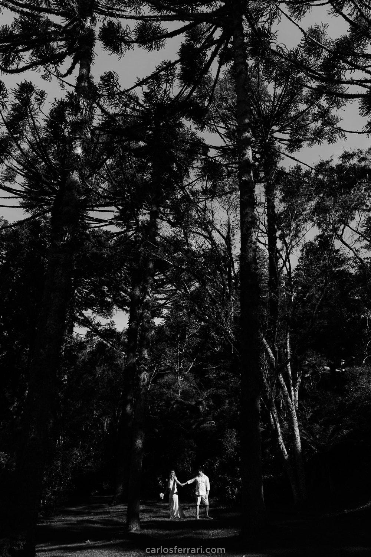 carlosferrari-fotografia-ensaio-pre-casamento-gramado-serragaucha-dienifer-e-pedro-lago-negro-fotografo-em-gramado_2