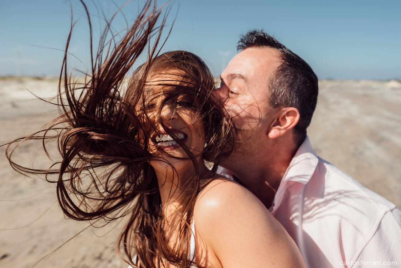 carlosferrari-fotografia-ensaio-pre-casamento-na-praia-tramandai-rio-grande-do-sul-kareneedi_06