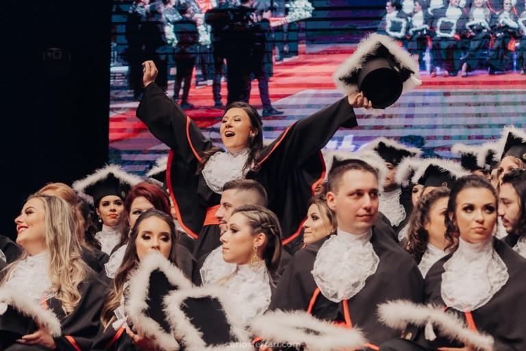 Formatura Vinícola Don Giovanni: Leticia Cenci – Direito