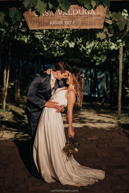 carlosferrari-fotografia-kyssia-e-tiago-casamento-ao-ar-livre-vinicola-casa-valduga-vale-dos-vinhedos-bento-goncalves-rs_85