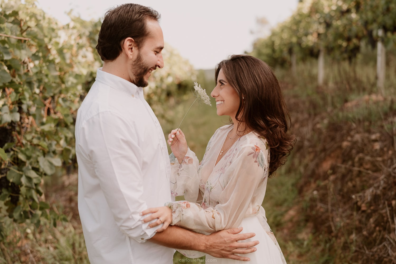 carlosferrari-fotografia-ensaio-pre-casamento-fernanda-e-victor-vinicola-casa-fontanari-caminhos-de-pedra-bento-goncalves_9